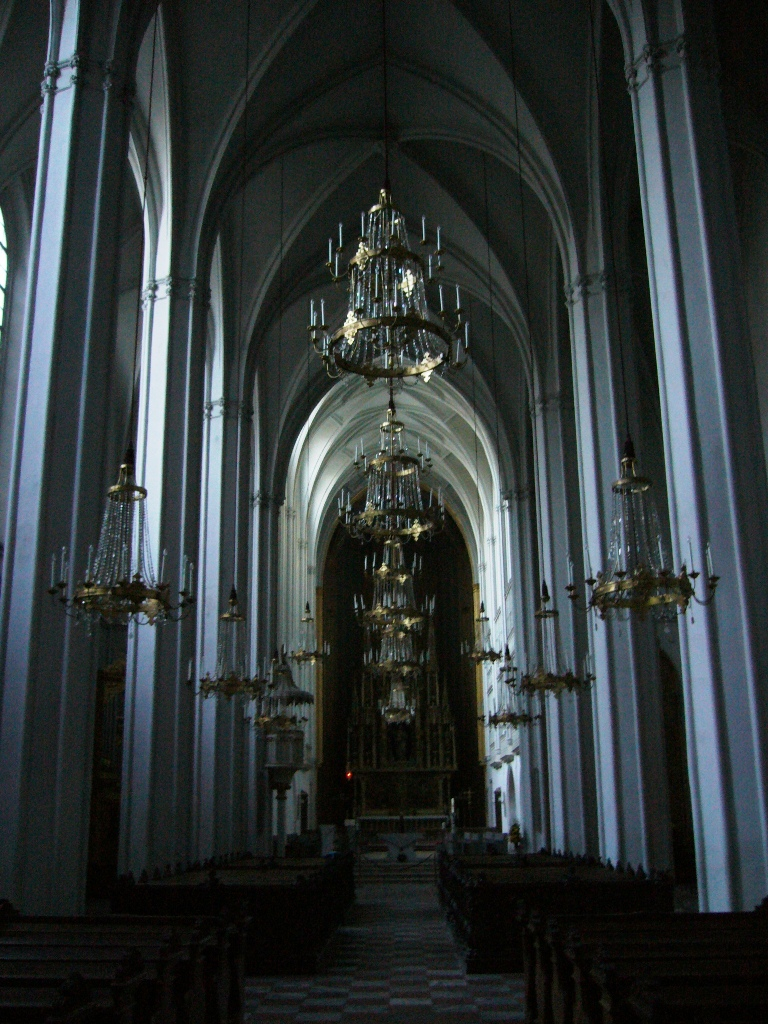 Source Gothic Church Interior Ideas